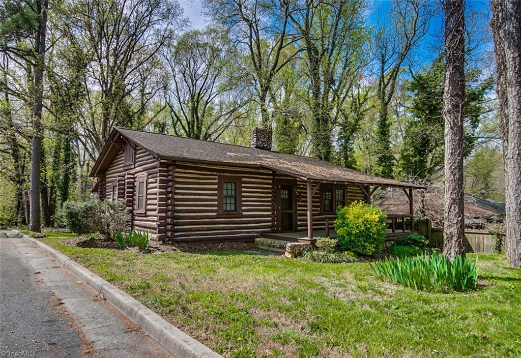 354 Lindley Avenue, Asheboro, North Carolina 27203, 2 Bedrooms Bedrooms, 4 Rooms Rooms,Residential,For Sale Triad MLS,Lindley,926897