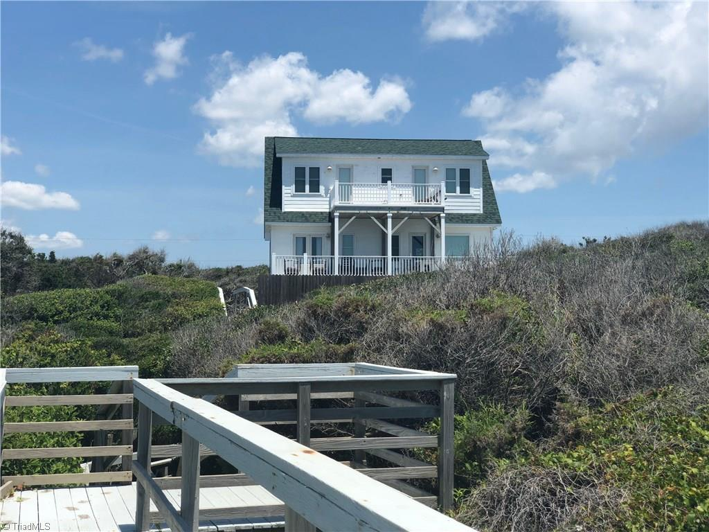 137 Dogwood Circle, Pine Knoll Shores, North Carolina 28512, 4 Bedrooms Bedrooms, ,Residential,For Sale Triad MLS,Dogwood,938964