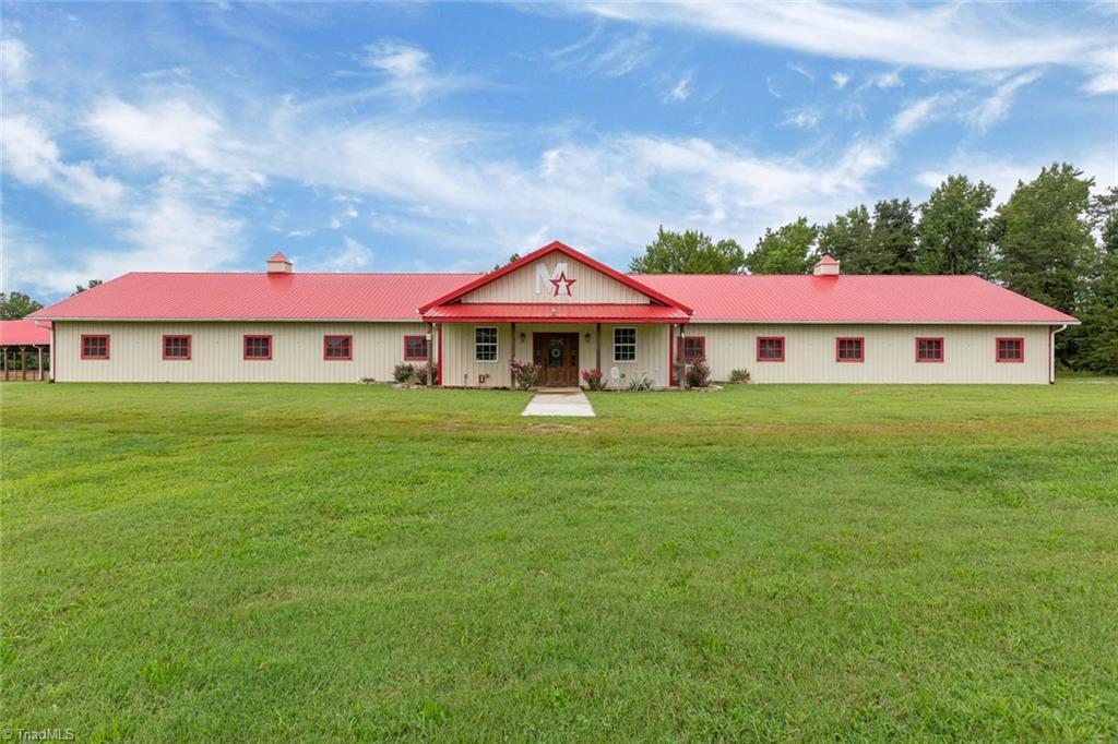 1746 Brooks Road, Reidsville, North Carolina 27320, 5 Bedrooms Bedrooms, 12 Rooms Rooms,Residential,For Sale Triad MLS,Brooks,947791