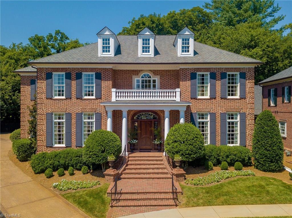 2936 Reynolds Square, Winston Salem, North Carolina 27106, 4 Bedrooms Bedrooms, 17 Rooms Rooms,Residential,For Sale Triad MLS,Reynolds,948160