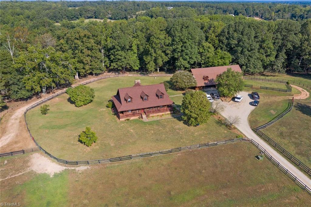 387 Creek Road, Rutherfordton, North Carolina 28139, 3 Bedrooms Bedrooms, 9 Rooms Rooms,Residential,For Sale Triad MLS,Creek,949042