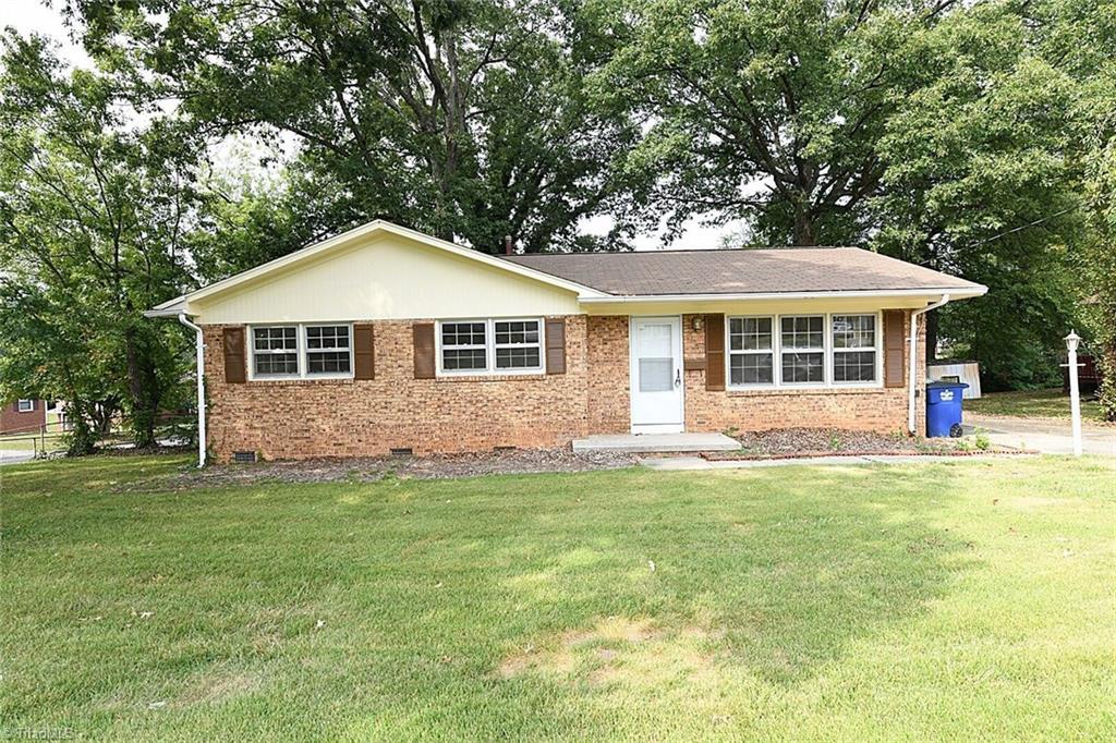 Property for sale at 401 Hemingway Street, Winston Salem,  North Carolina 27127