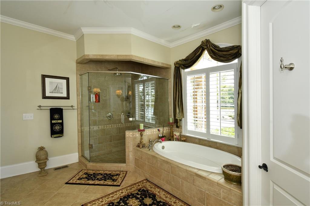302 Colin Creek Trail, Mocksville, North Carolina 27028, 4 Bedrooms Bedrooms, 13 Rooms Rooms,Residential,For Sale Triad MLS,Colin Creek,952792