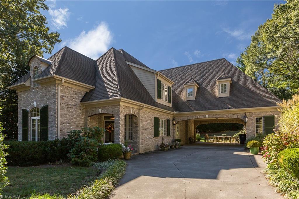Property for sale at 132 Lawndale Drive, Winston Salem,  North Carolina 27104