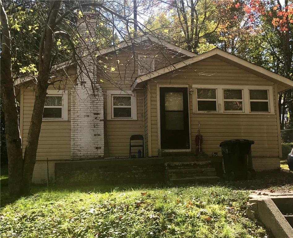 311 Liberty Street, Asheboro, North Carolina 27203, 3 Bedrooms Bedrooms, ,Residential,For Sale Triad MLS,Liberty,955233