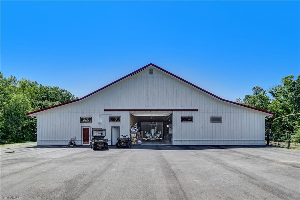 7450 Strader Road, Summerfield, North Carolina 27358, 1 Bedroom Bedrooms, 2 Rooms Rooms,Residential,For Sale Triad MLS,Strader,956467