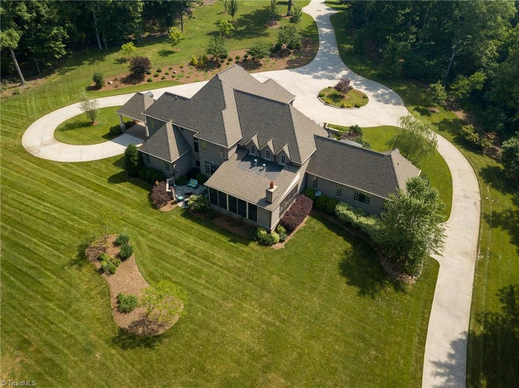 110 Nanzetta Way, Lewisville, North Carolina 27023, 5 Bedrooms Bedrooms, 10 Rooms Rooms,Residential,For Sale Triad MLS,Nanzetta,958605