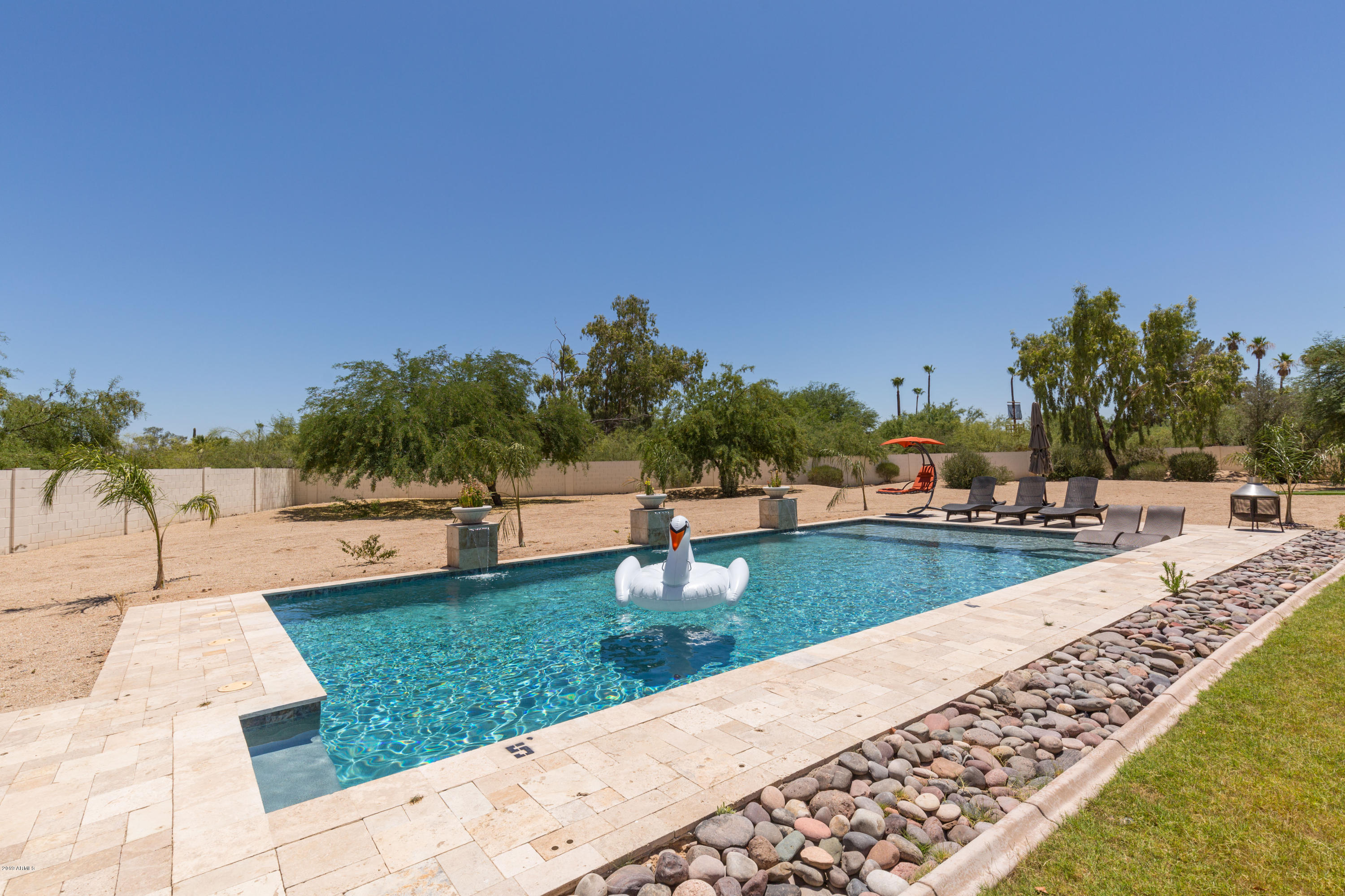 9827 N 57TH Street, Paradise Valley, AZ 85253, 6 Bedrooms Bedrooms, ,Residential Lease,For Rent,9827 N 57TH Street,5971974