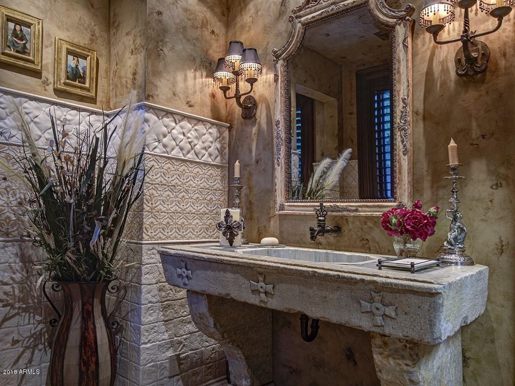 5021 E Arabian Way, Paradise Valley, AZ 85253, 6 Bedrooms Bedrooms, ,Residential,For Sale,5021 E Arabian Way,5826956