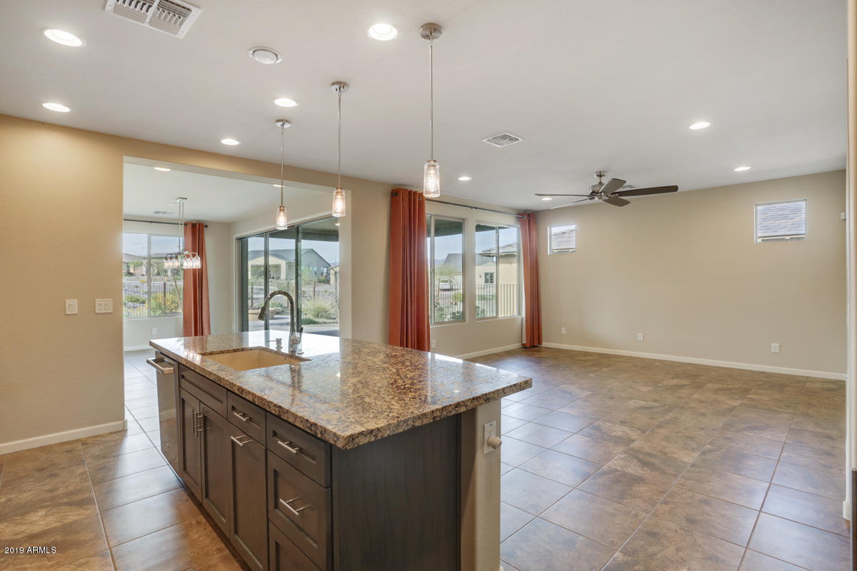 3180 KNIGHT Way, Wickenburg, Arizona 85390, 2 Bedrooms Bedrooms, ,Residential,For Sale,3180 KNIGHT Way,5909062