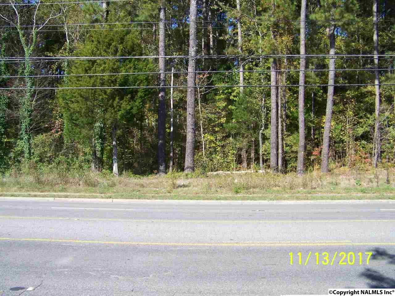 Photo of home for sale at 99999 Winchester Road, Huntsville AL