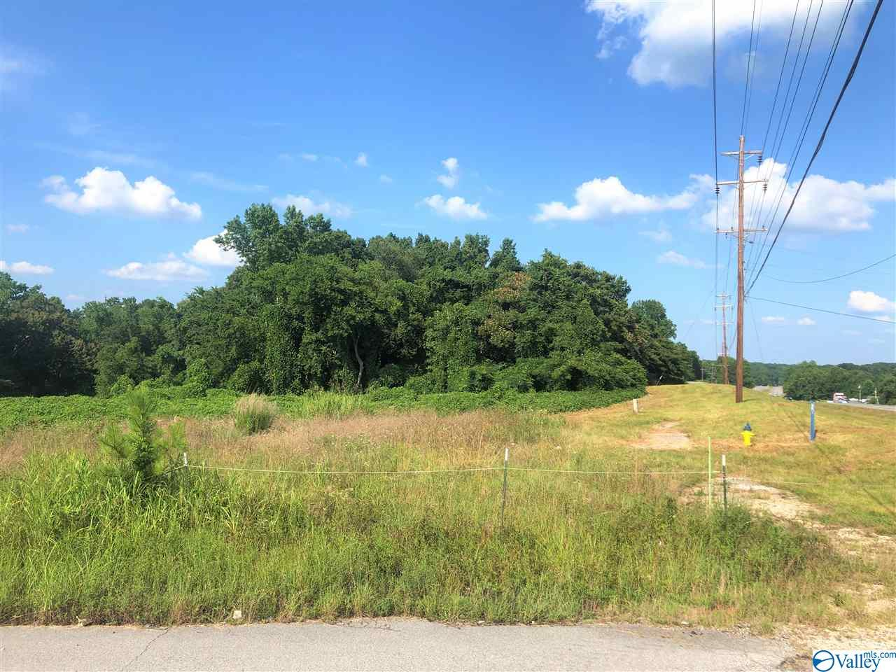 Photo of home for sale at 0000 Hwy 72, Killen AL