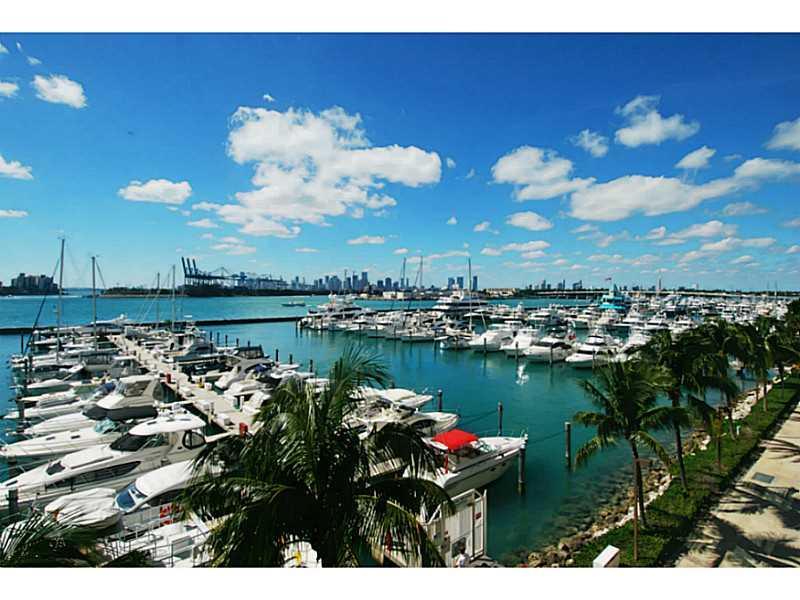 Yacht Club #FL-5 - 01 - photo
