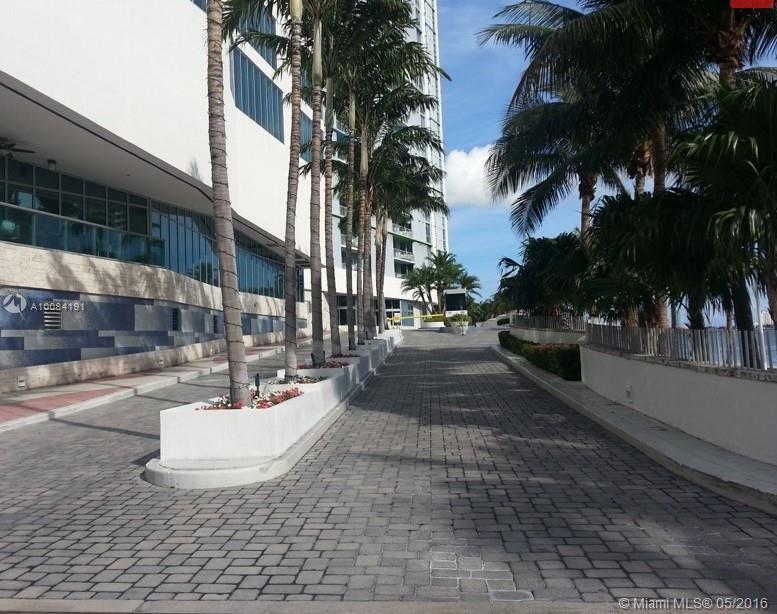 One Miami #2706 - 06 - photo