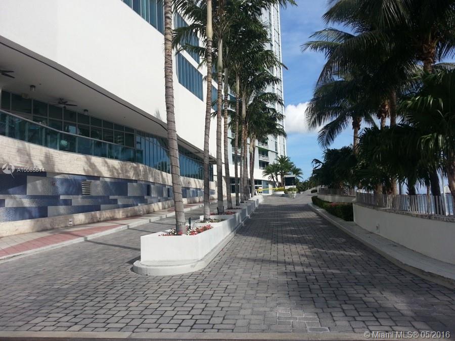 One Miami #2509 - 03 - photo