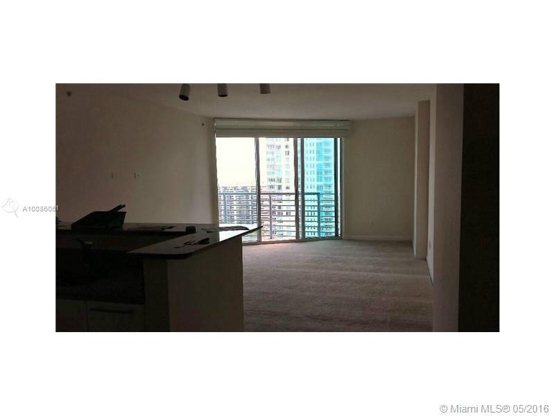 One Miami #4017 - 05 - photo
