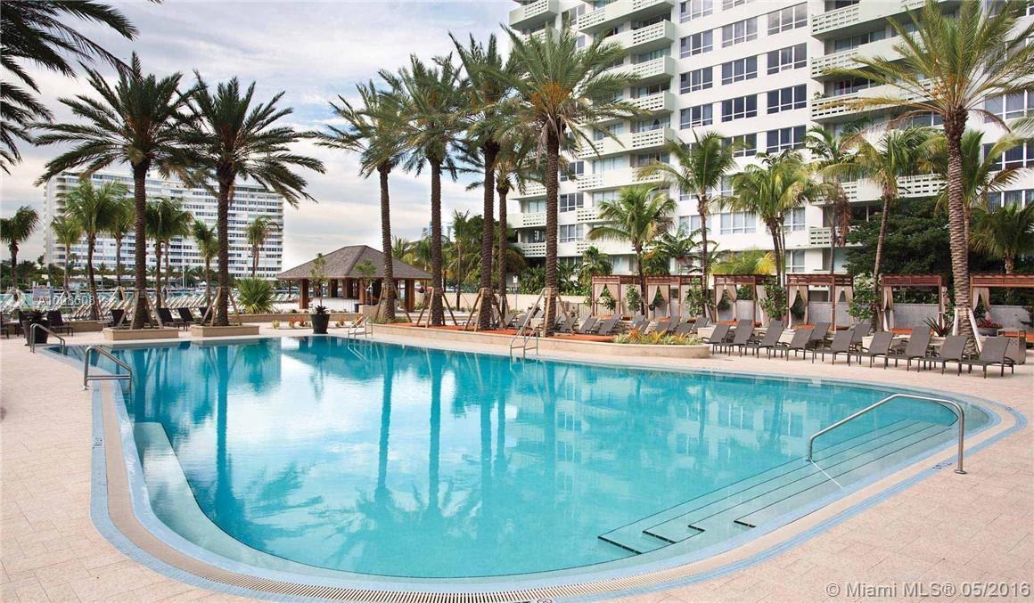 Flamingo South Beach #N-1085 - 02 - photo