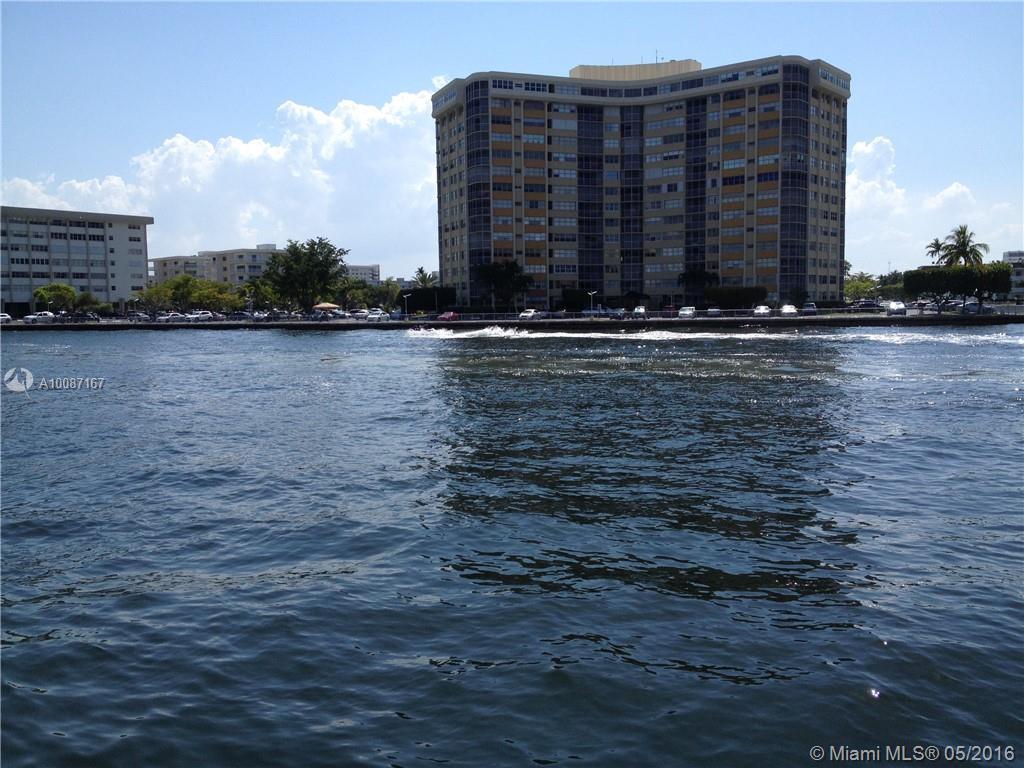 Plaza Towers #203 - 01 - photo