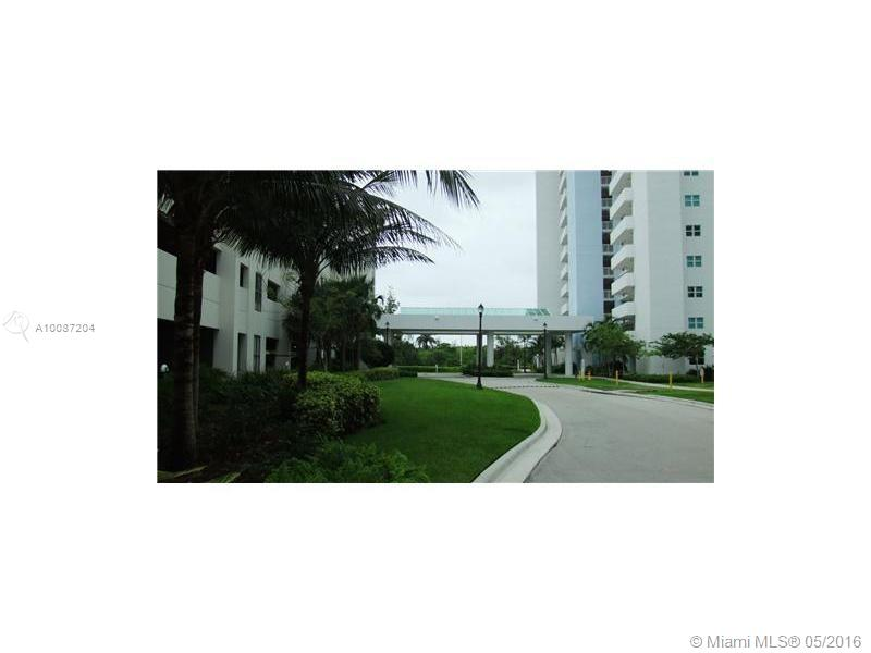 One Fifty One At Biscayne #703 - 03 - photo