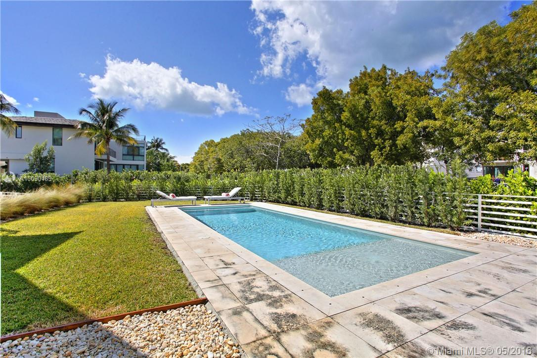 Tropical Isle Homes # - 02 - photo