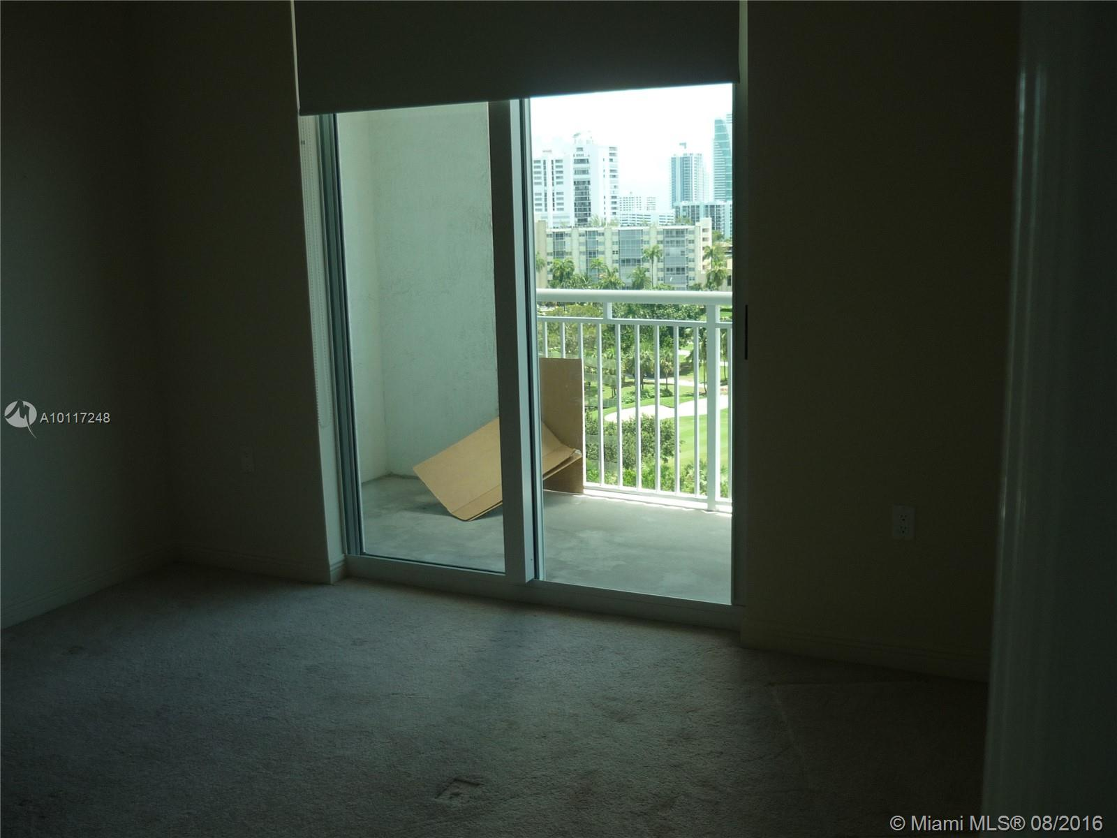 Duo Hallandale #905E photo12