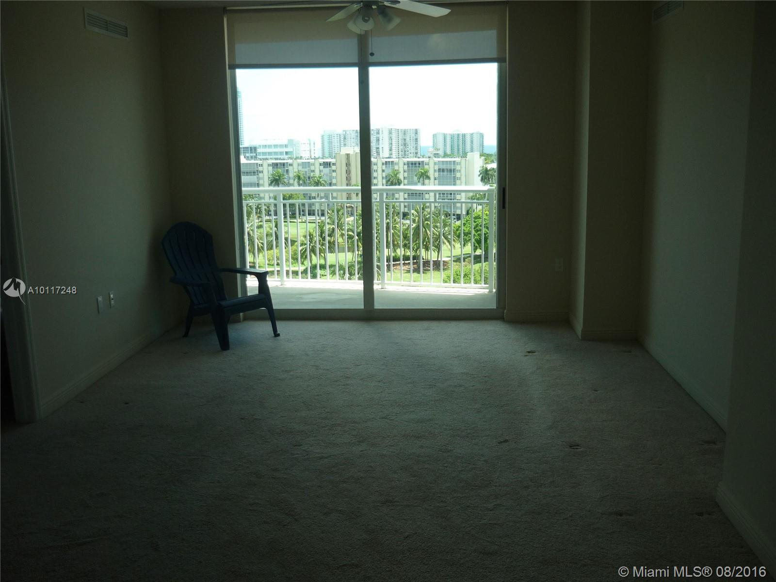 Duo Hallandale #905E photo06