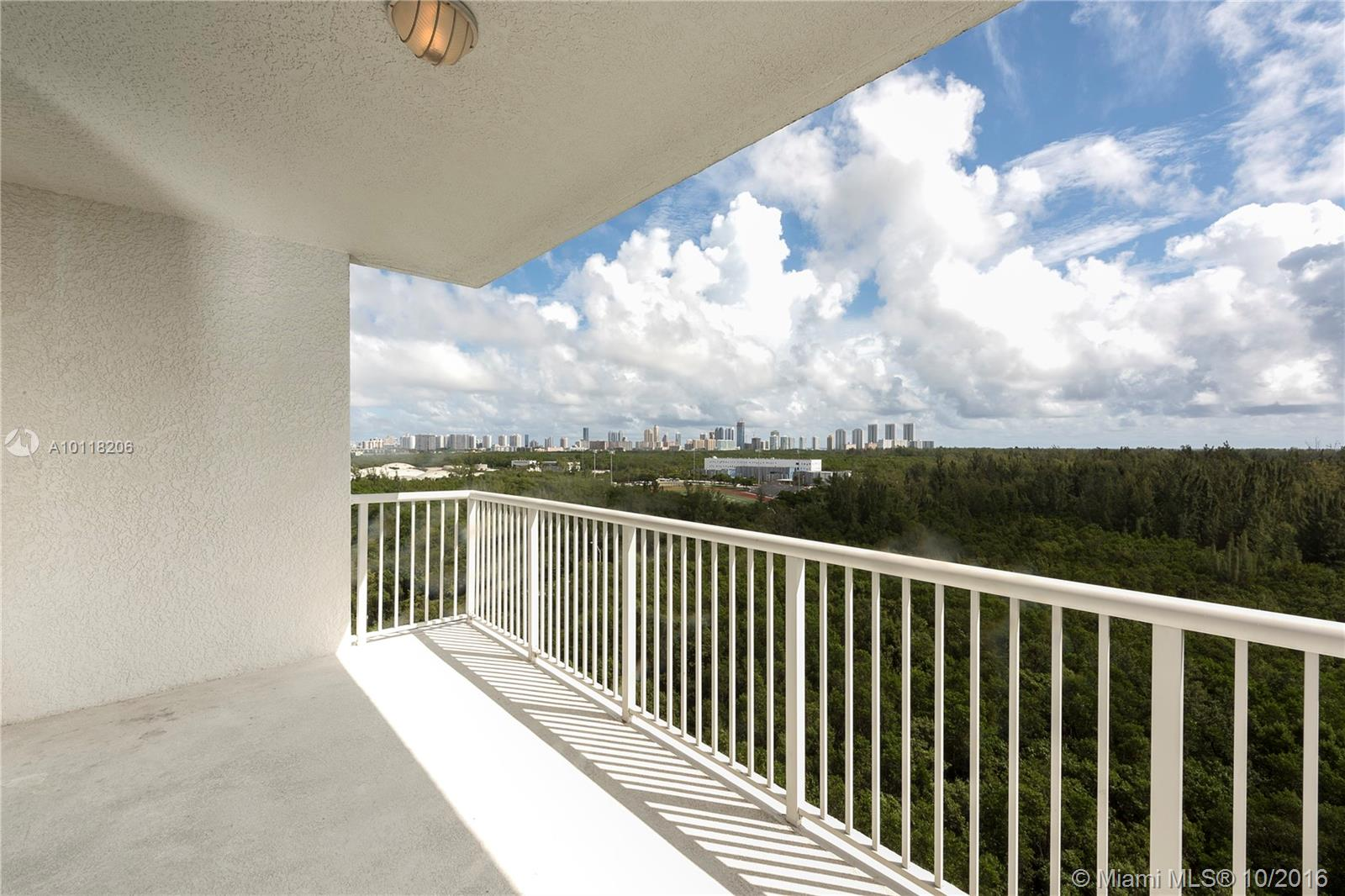 One Fifty One At Biscayne #1106 photo04