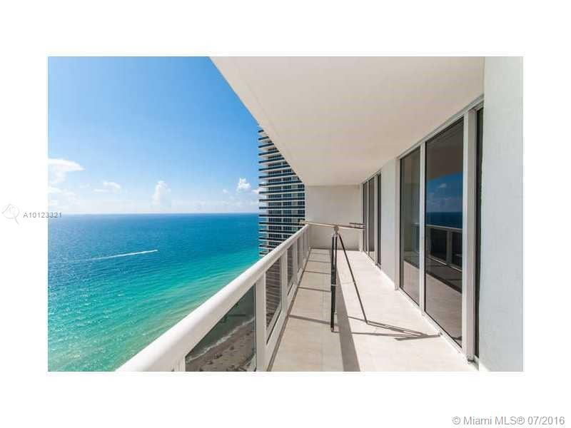 Beach Club Towers #1803 photo01