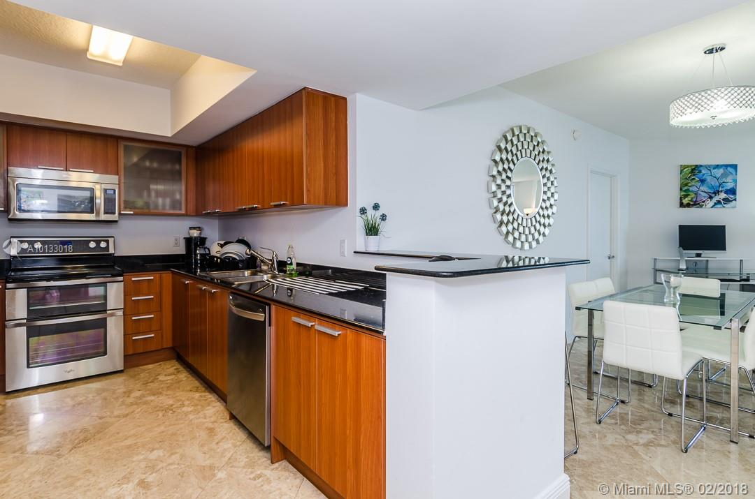 16699 Collins Ave #3506 photo020