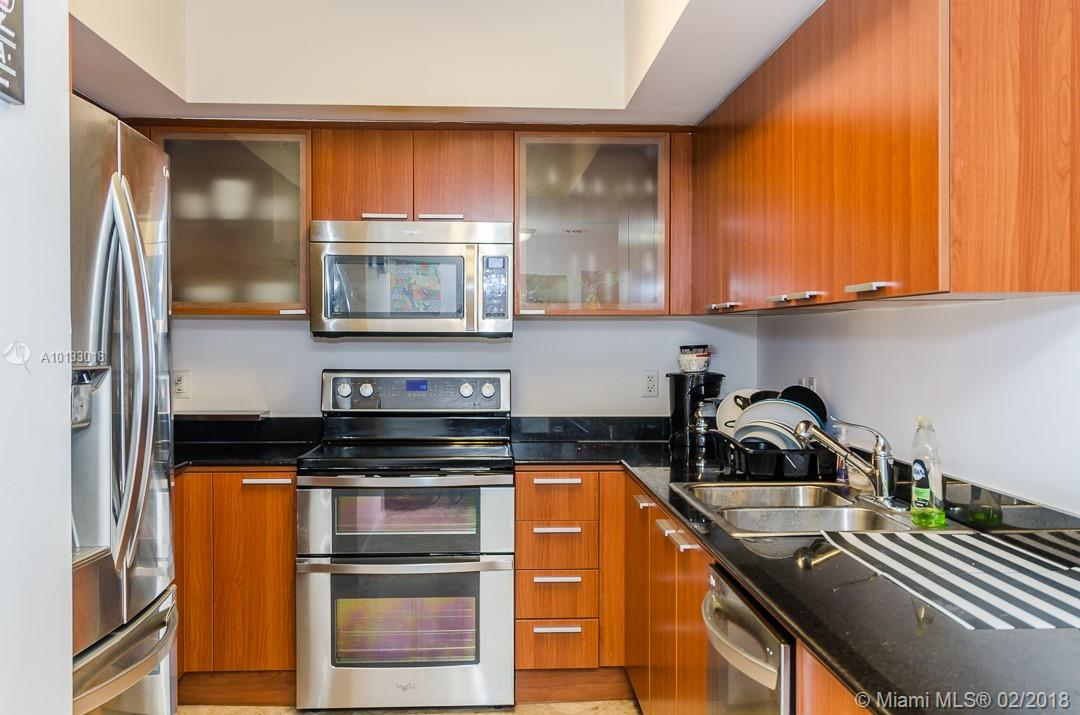 16699 Collins Ave #3506 photo022