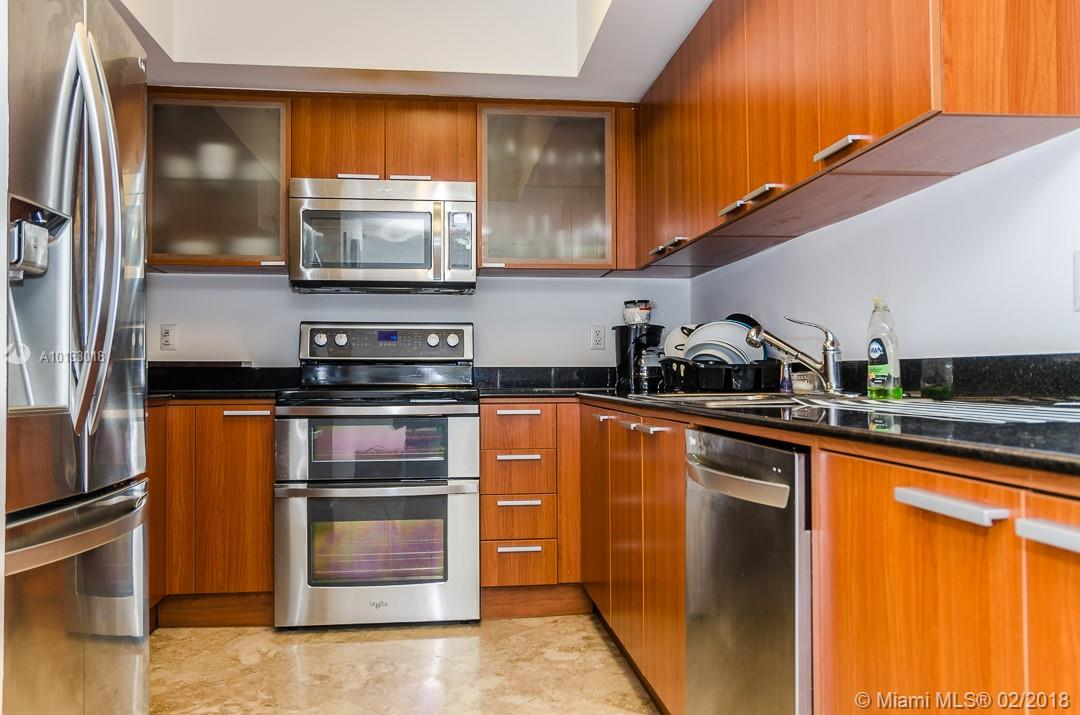 16699 Collins Ave #3506 photo025
