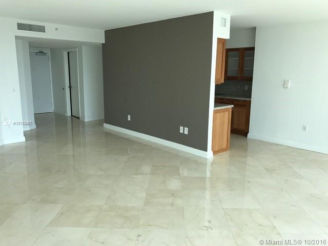 16400 Collins Ave #1545 photo04