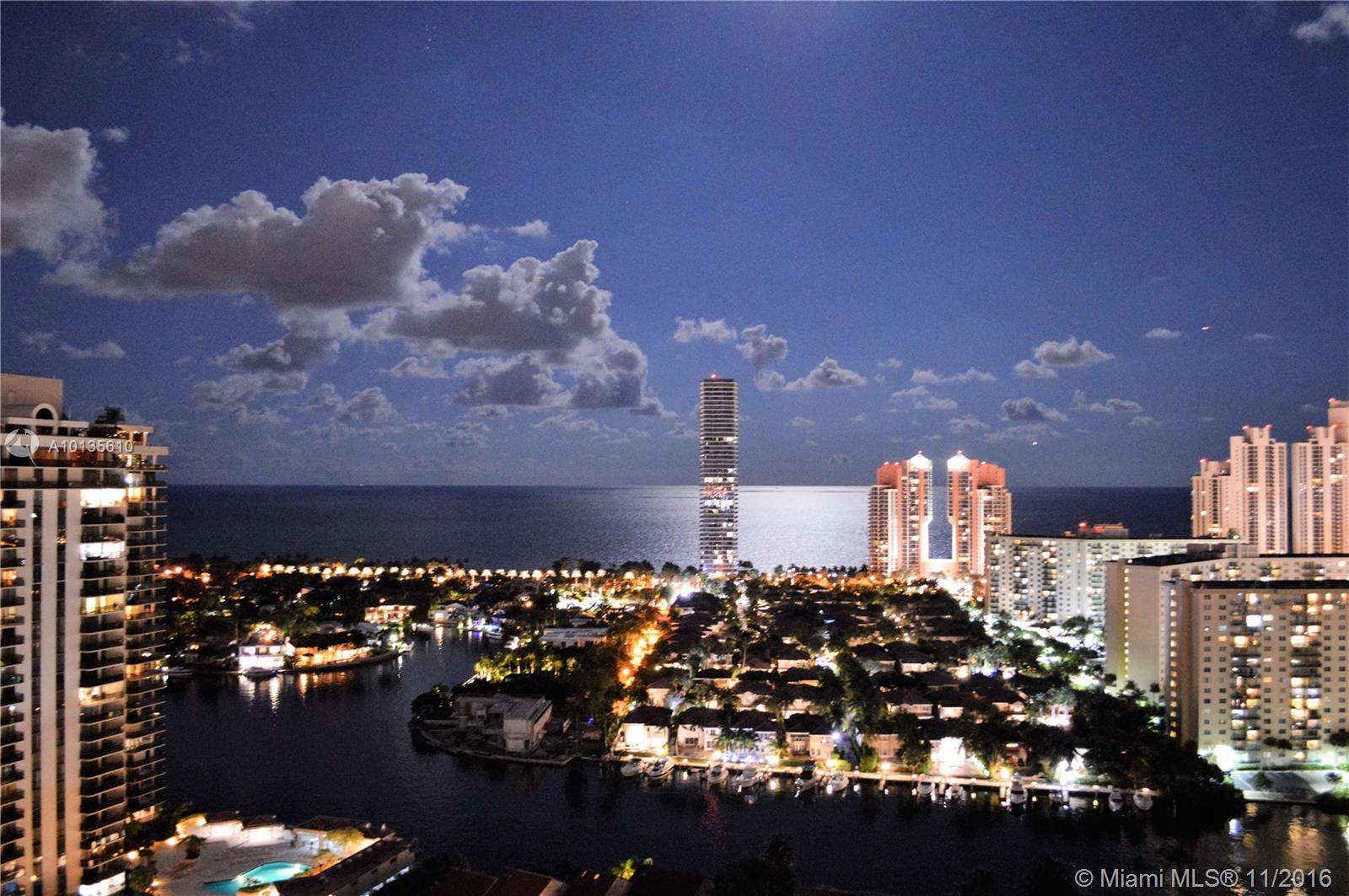 Marina Tower #26AB photo03