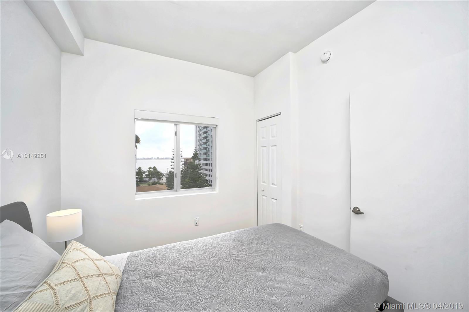 Property 481 NE NE 29th St #504 image 17
