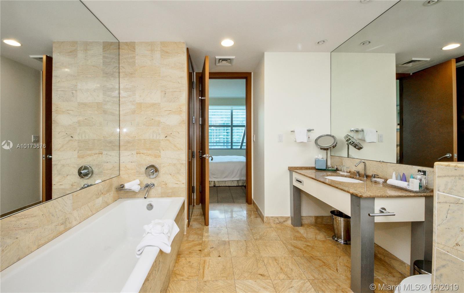 Property 1395 Brickell Ave #2805 image 13