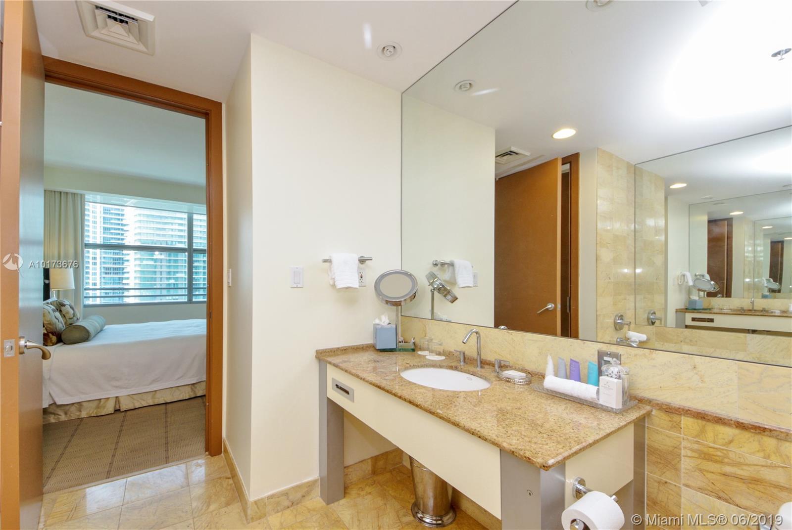 Property 1395 Brickell Ave #2805 image 15