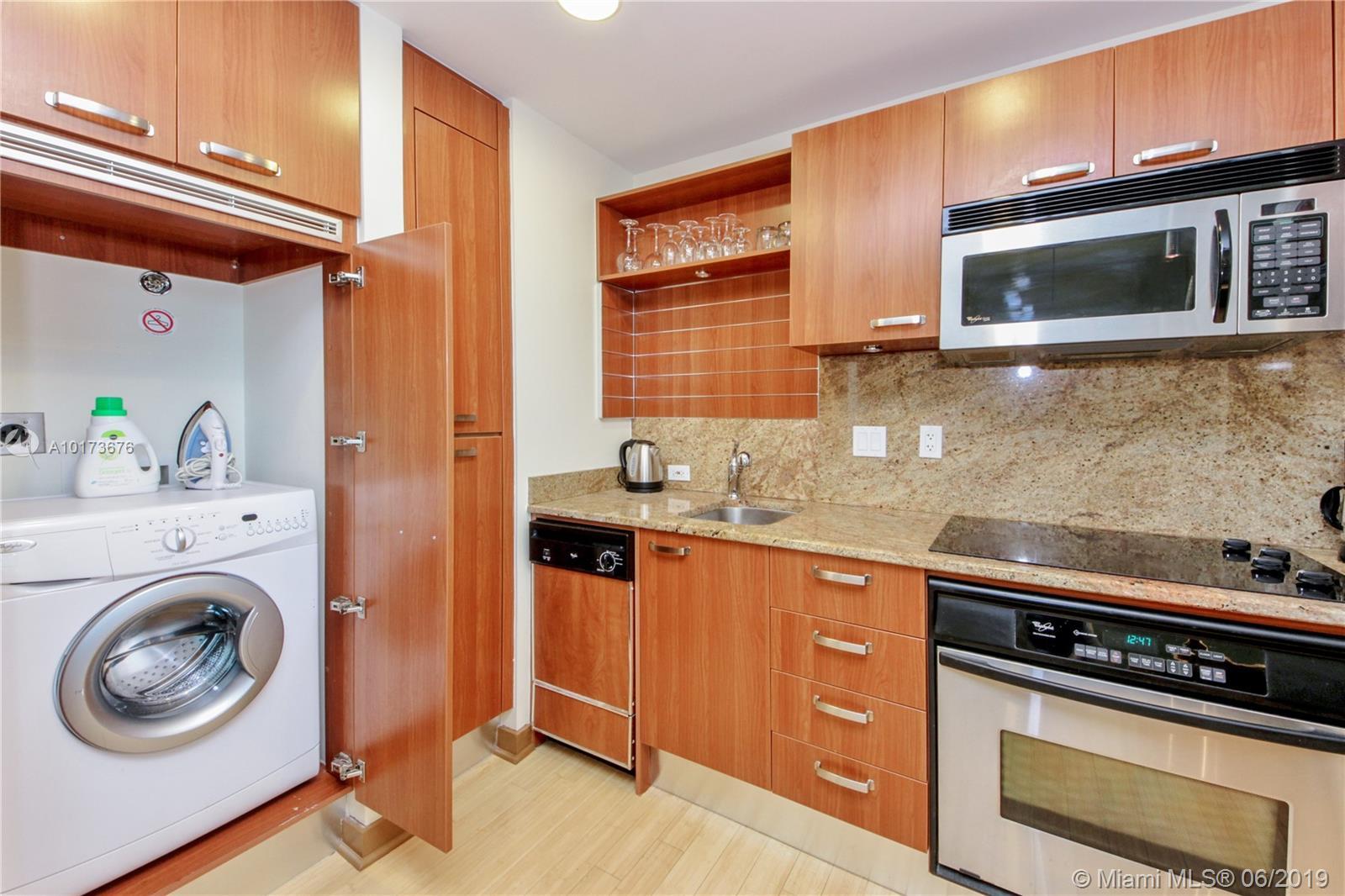 Property 1395 Brickell Ave #2805 image 8