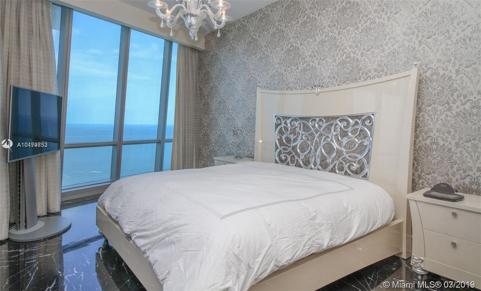 Property 17121 Collins Ave #4404 image 12