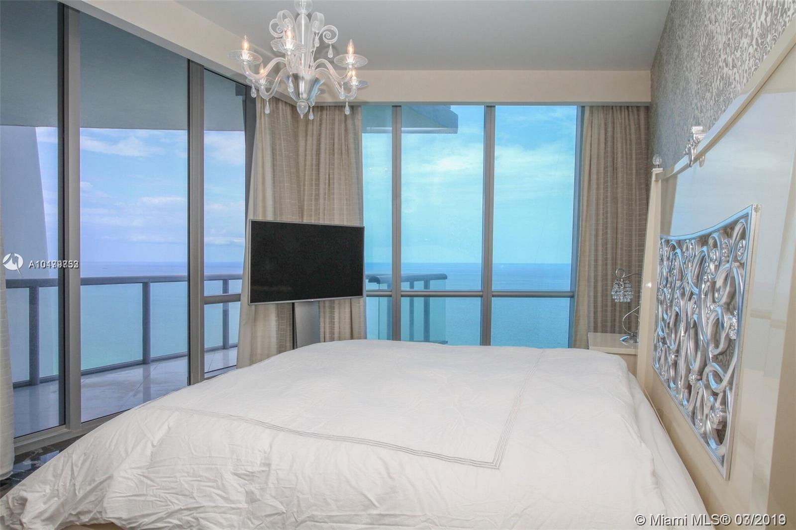 Property 17121 Collins Ave #4404 image 13