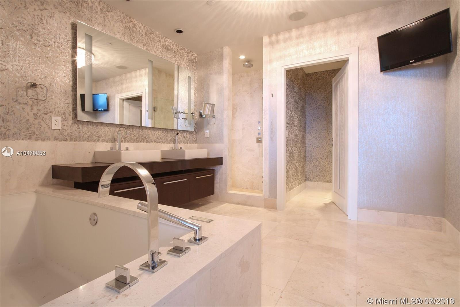 Property 17121 Collins Ave #4404 image 16