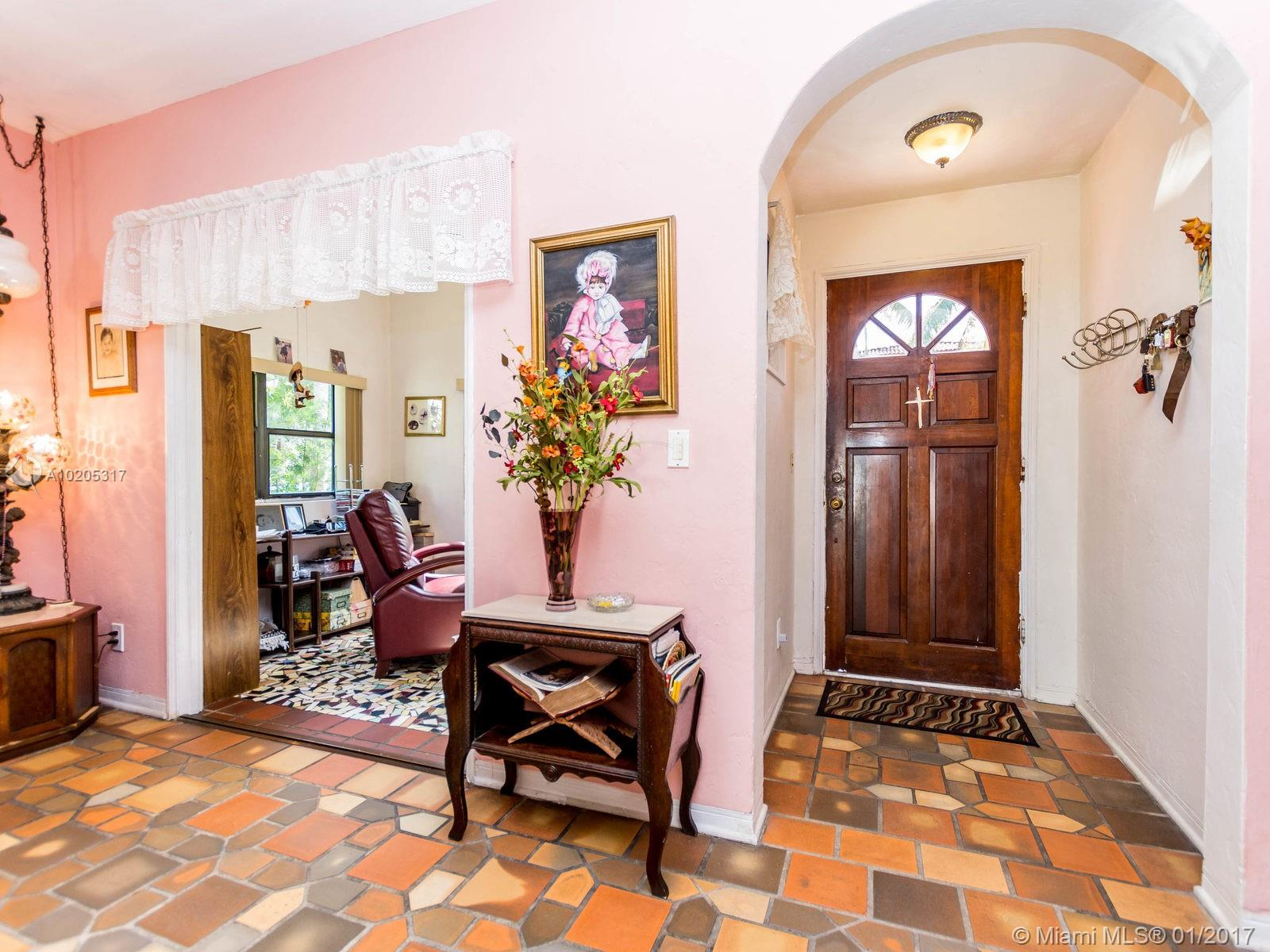 843 Espanola Way photo05