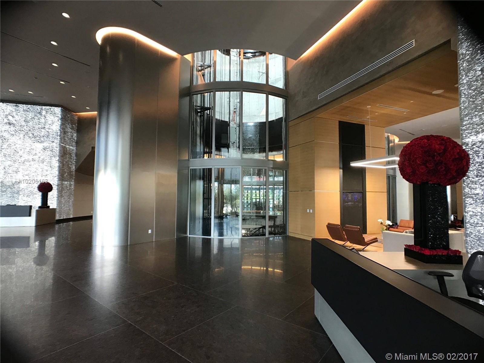 Porsche Design Tower #3501 - 03 - photo