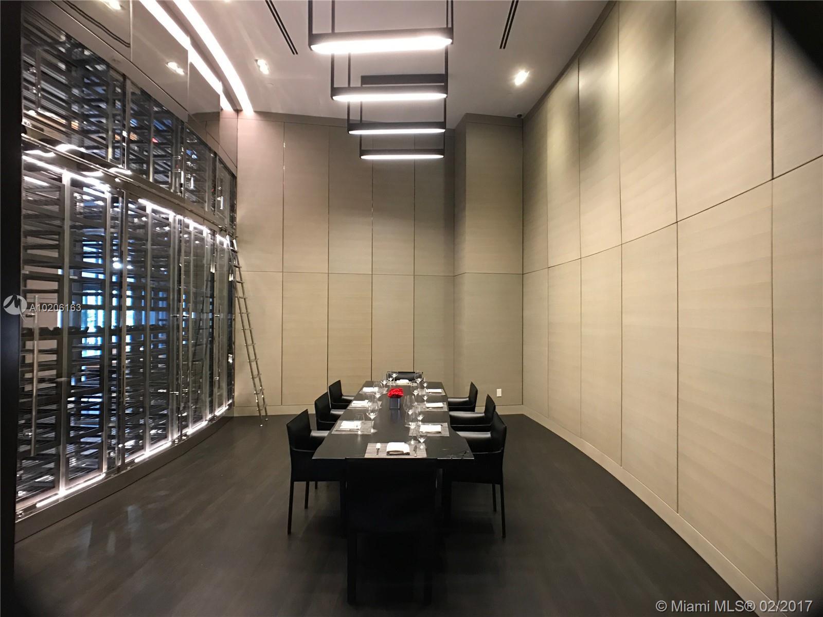 Porsche Design Tower #3501 - 04 - photo