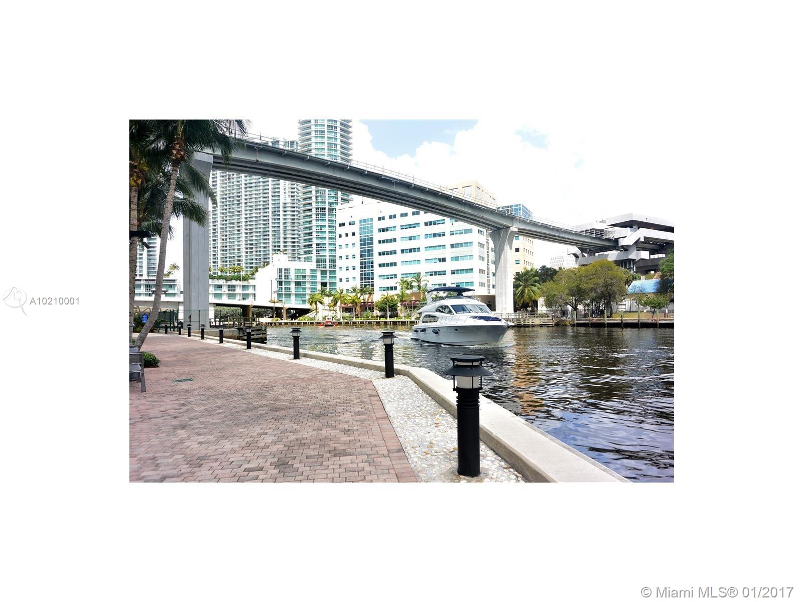 Brickell on the River # - 15 - photo