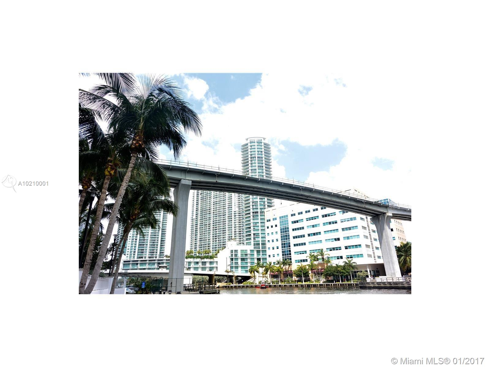 Brickell on the River # - 16 - photo