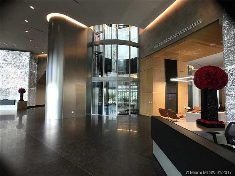 Porsche Design Tower #3705 - 06 - photo