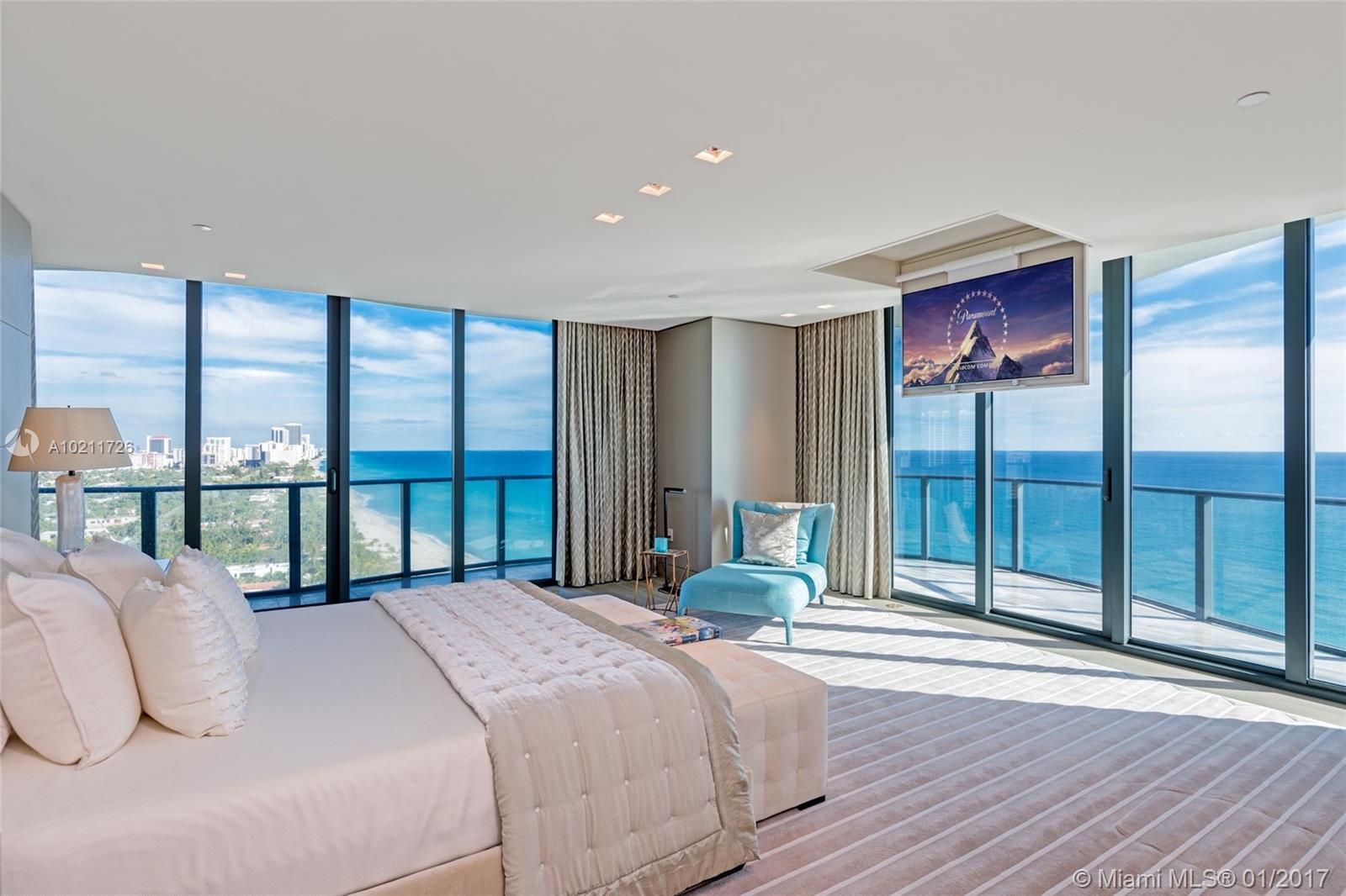 Regalia Miami #18 - 11 - photo