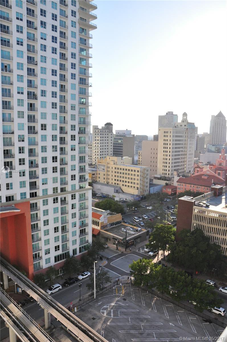 The Loft Downtown #1609 - 11 - photo