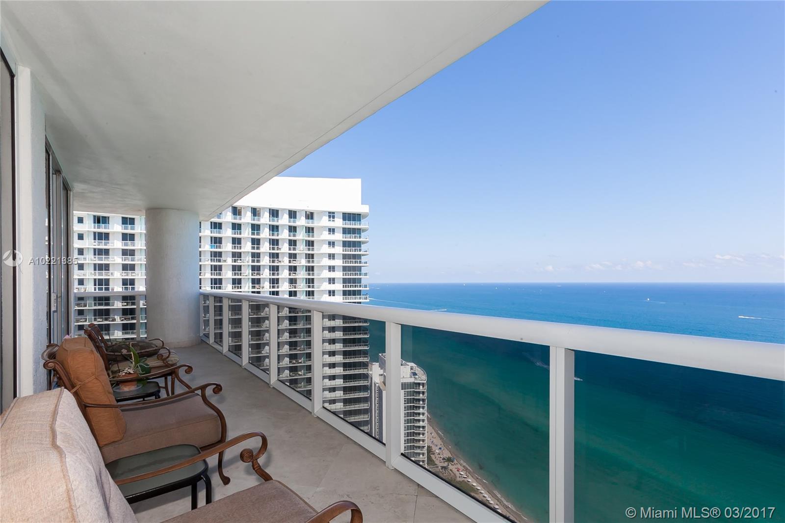 Beach Club Towers #4201 - 01 - photo