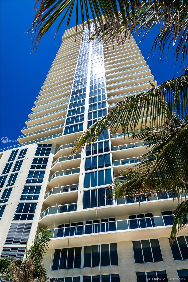 16699 Collins Ave #3106 photo01